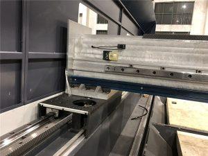 tamaina txikiko doitasun zuntz laser ebaketa makina 800 watt kokatze automatikoa